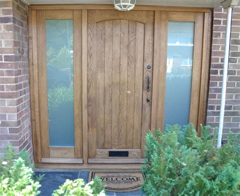 Traditional Wooden Front Doors Cottage Front Door External Oak Door Wooden Traditional Front Door Http Www Ukoakdoors Co