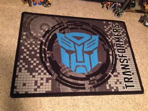 bumble bee rug transformers area rug and bumblebee piggy bank transformers news tfw2005