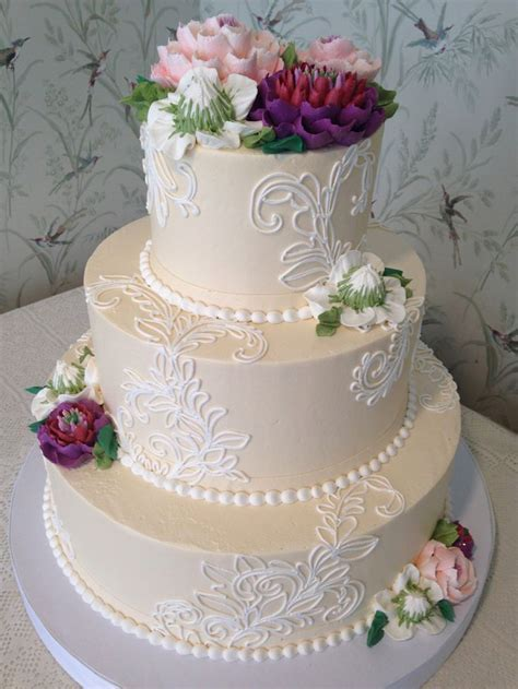 15  best ideas about Buttercream Wedding Cake on Pinterest