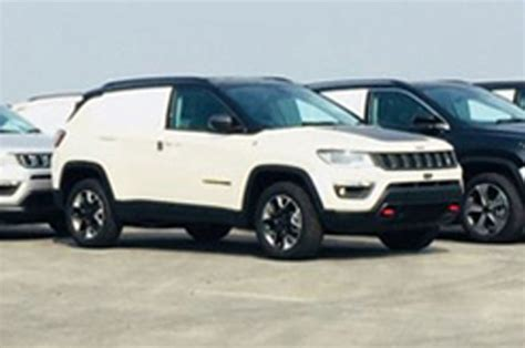 jeep india compass jeep begins compass trailhawk production in india