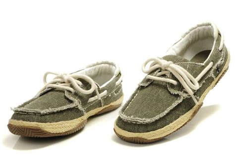 boat shoes male fashion advice i m looking for an alternative to flip flops in the summer