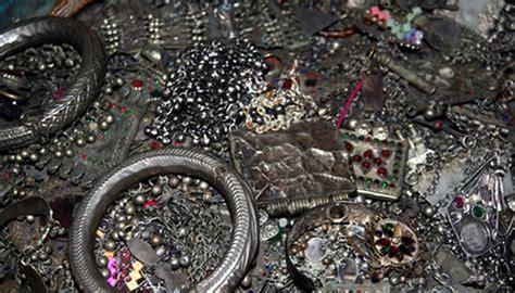 jewelry  pastimes