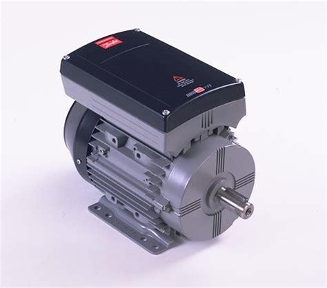 Lu Tembak Motor Ac danfoss inverter plc servo motor kontrol