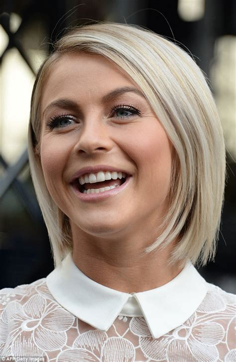 julianne hough shattered hair classy the pretty lace dress featured a prim and proper