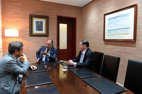 oficina de empleo algeciras landaluce reclama inversiones en empleo para no depender