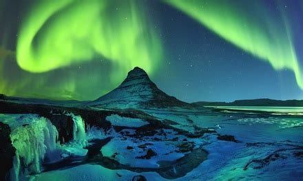 iceland northern lights vacation iceland northern lights vacation with airfare from gate 1