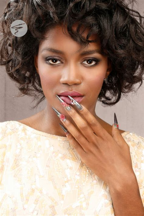 hairstyles toward the face 30 curly bob hairstyles that simply rock best curly bobs