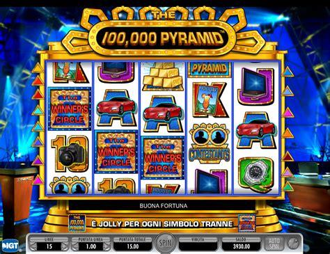 pyramid slot play