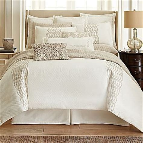 royal velvet crestmore 4 pc comforter set accessories
