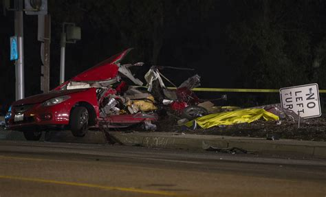 5 killed in car crash five killed including 7 year boy after out of car veers 10 freeway la times