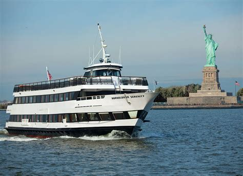 halloween boat cruise nyc pier 15 hornblower serenity halloween 2016 party in south