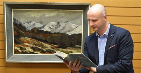 film everest cardiff a rare book signed by the men who conquered everest is