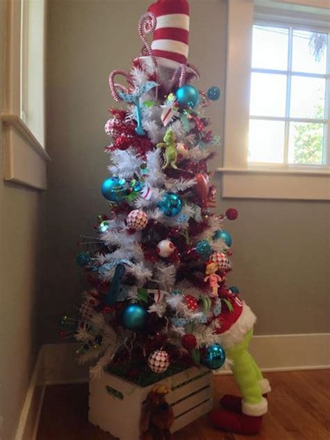 the grinch tree topper 1000 images about a whoville on