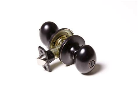 Tru Bolt Door Knobs by Tru Bolt Venice Rubbed Bronze Bed Bath Privacy Knob