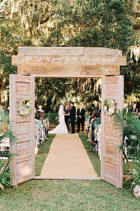 rustic vintage wedding on a budget 35 rustic door wedding decor ideas for outdoor country weddings deer pearl flowers