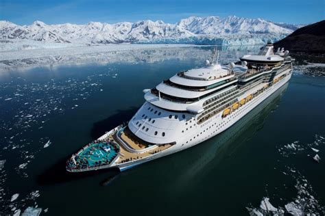 cruises to alaska best alaskan cruises guide to alaskan cruise ships