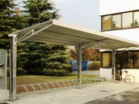 tettoie a sbalzo in ferro interesting tettoie in acciaio da giardino with tettoia ferro
