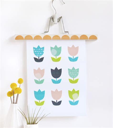 cute printable wall art too cute tulips printable wall art allfreepapercrafts com