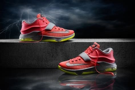 new kevin durant sneakers nike unveils kevin durant s new kd7 shoes bleacher report