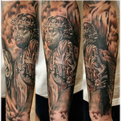 jesus crucifixion tattoo crucifixion 2 amazing jesus tattoos