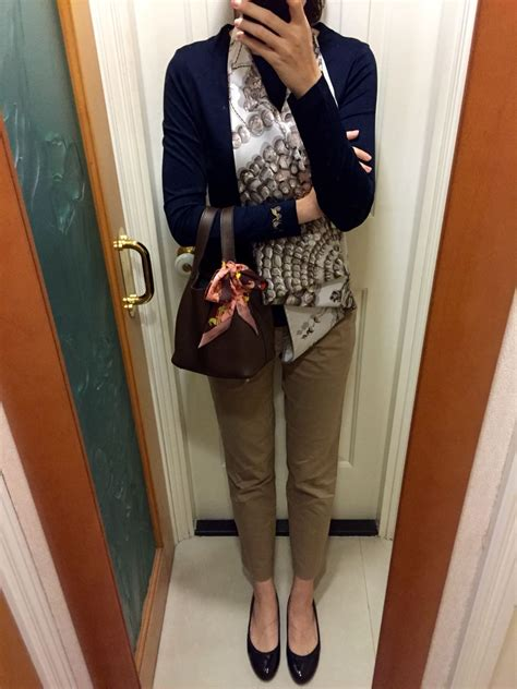 Hermes Zara Chinos hermes top uniqlo chinos hermes scarf blue leather