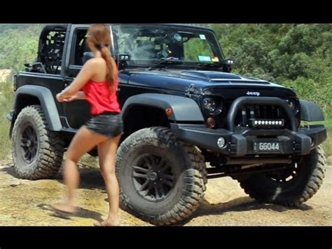 jeep wrangler jk on 37 inch tyres 3 inch lift offroading