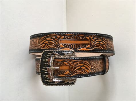 Balmut Fata Motif Harley Davidson 168 best images about leather carving cuir repouss 233 on marque page pique and carving