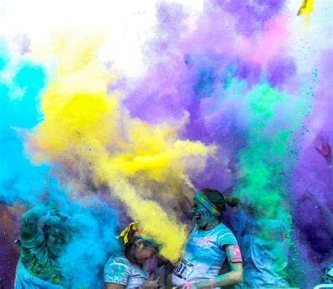 color blast rainbows of in plett at the happiest 5k on the planet