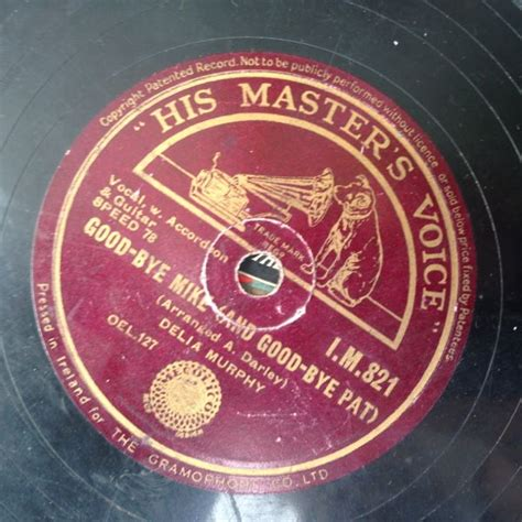 graphic design record label 78 s record labels each one a tiny typographic