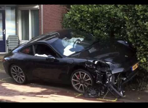Porsche Crash by 2012 991 Porsche 911 Crash
