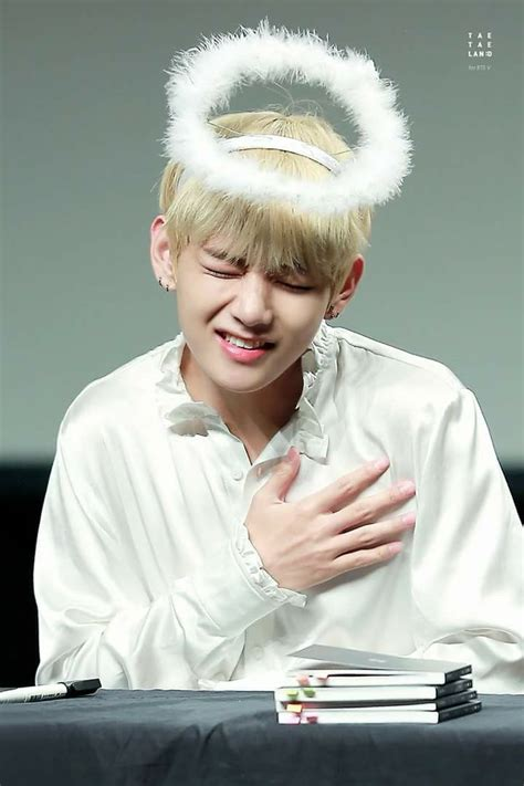 kim taehyung heart v kim taehyung bts bts beyond the scene pinterest