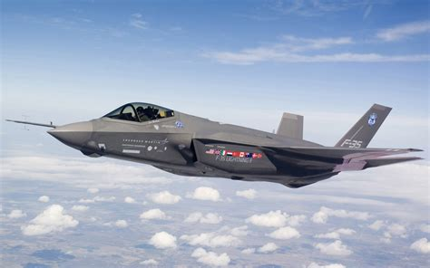 F 35 Lighting Ii by Lockheed Martin F 35 Lightning Ii Wallpapers