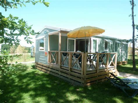 eenpersoonsbed waar je tweepersoonsbed van kan maken mobilhome touraine 6 personen 3 kamers 1 badkamer 4