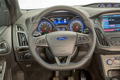 ford focus interior 2016 2016 ford focus more to automotive