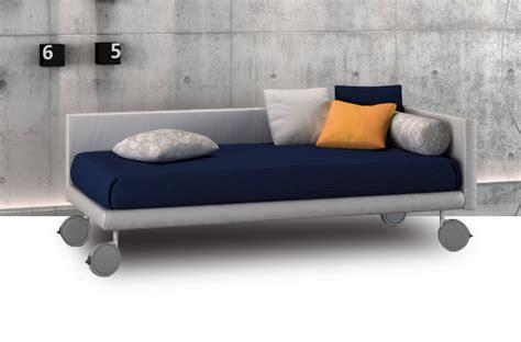 divano letto con materasso ortopedico divani letto con ruote offerte e sconti materassi