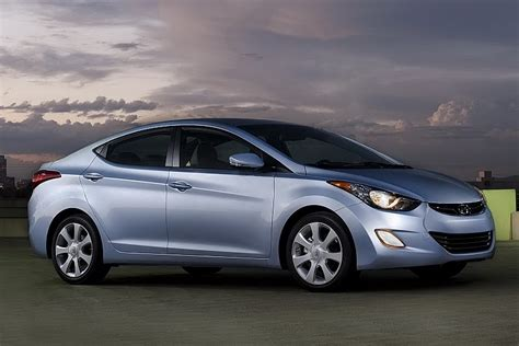 Hyundai Elantra India Price by Products Best Prices 2011 Hyundai Elantra Price In India
