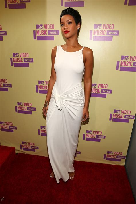 music awards 2012 video rihanna photos photos 2012 mtv video music awards red