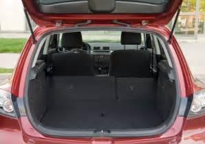 islerutn 2006 mazda 3 hatchback cargo space