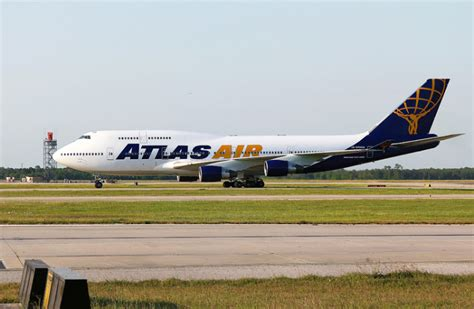 atlas air to provide fedex with five b747 400fs air cargo week