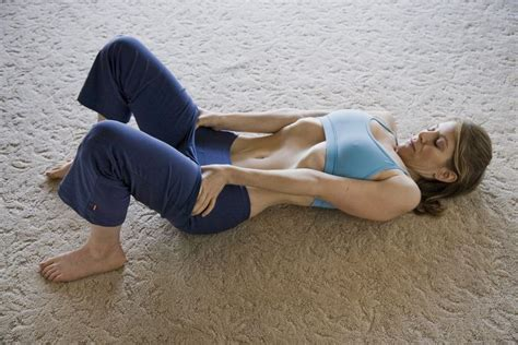 vacuum yoga female stomach vacum breathing from inside out by jill