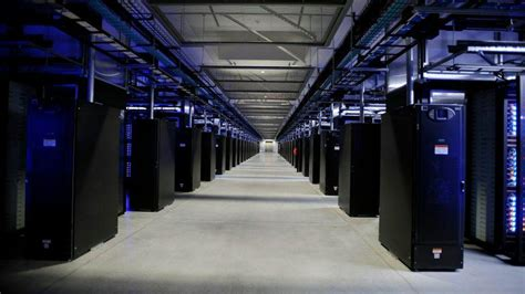 amazon server netflix shuts down its last data center becomes cloud