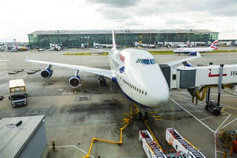 aeropuerto de gatwick salidas aeropuerto heathrow traslados y transporte autob 250 s taxi