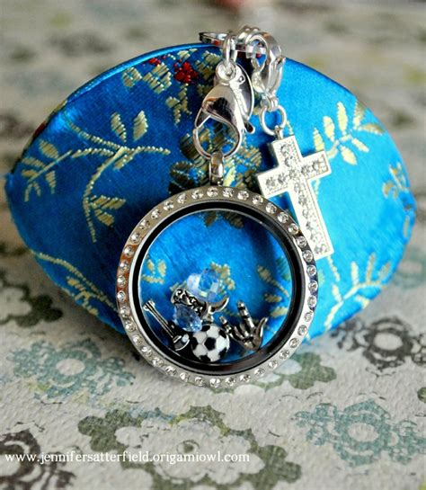 Origami Owl Large Silver Locket With Crystals - 17 best images about charm lockets on