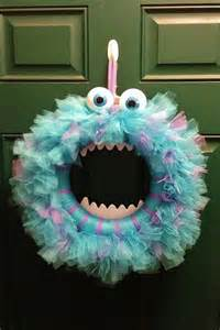 Monsters Inc Halloween Decorations Crafts Decorations Fun Halloween Decorations To Projects