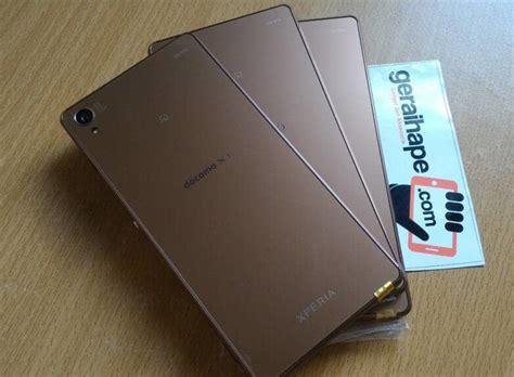 Hp Sony Ericsson Z555i Brown Normal Batangan jual sony xperia z3 japan docomo 32gb 4g lte 20mp ori mulus batangan only geraihape