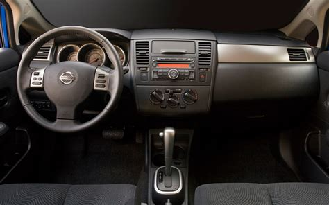2011 nissan versa interior 2011 nissan versa interior view photo 3