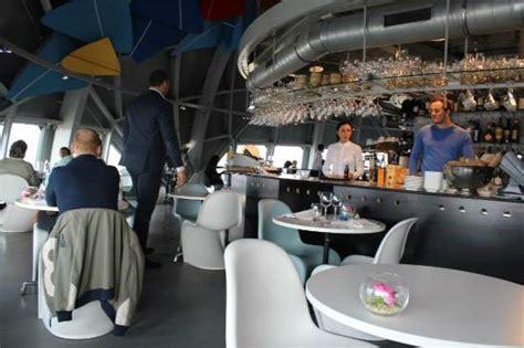 bar do restaurante photo de restaurant de l atomium