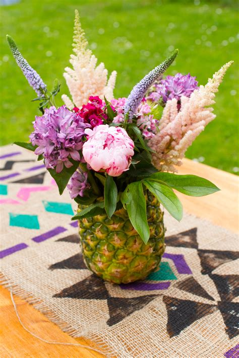 How To Make A Arrangement In A Vase by How To Make A Pineapple Vase And Flower Arrangement Centre