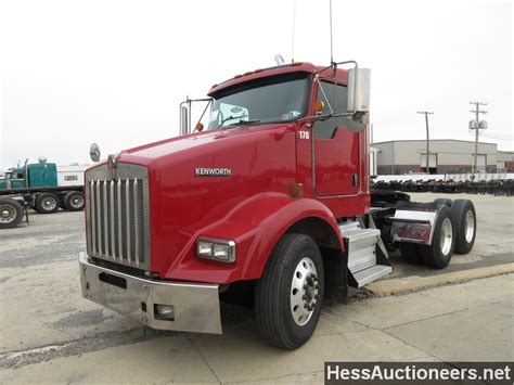 trailers kenworth for sale used 2006 kenworth t800 tandem axle daycab for sale in pa