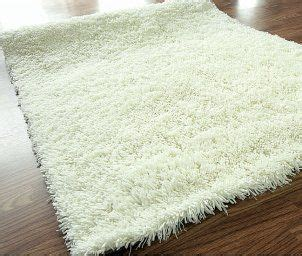shaggy bathroom floor 40 best images about choosing the tropical bath rugs on